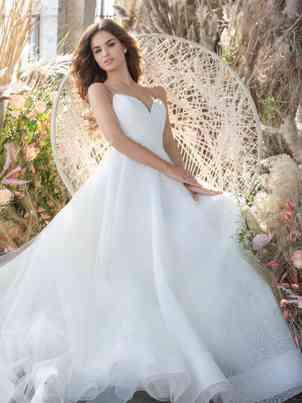 Dresses Tara Keely